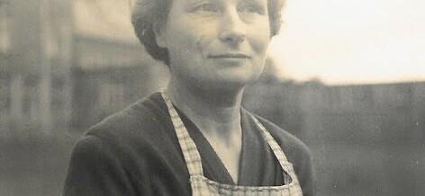 Granny's Kitchen Apron